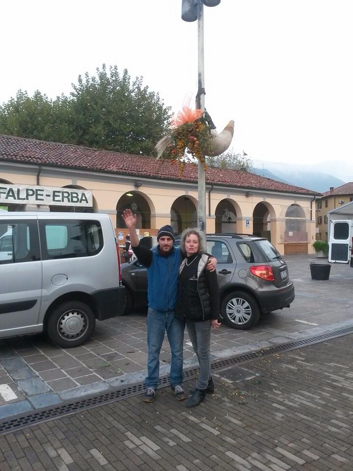 FALPE-Erba nella foto scattata ai membri del Comitato Erbe per Erba